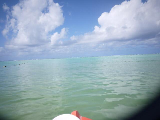 グアムの海の上で撮った写真画像