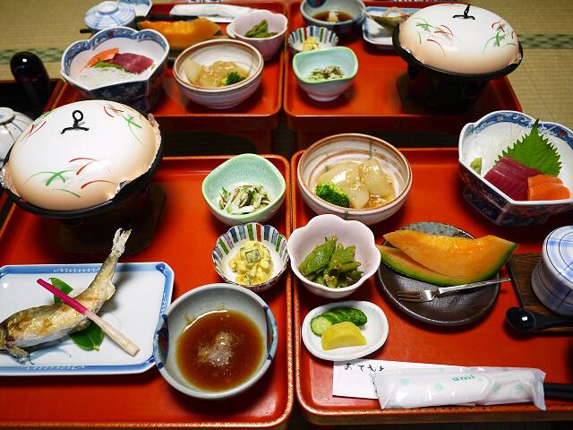 小泉館 夕食画像